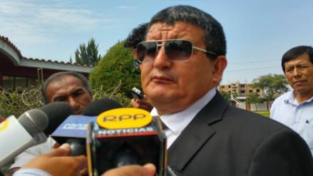 Humberto Acuña se reúne hoy con los cinco congresistas de Lambayeque