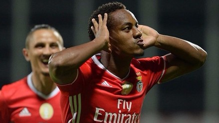 André Carrillo anotó con Benfica en triunfo por 3-1 sobre Nacional