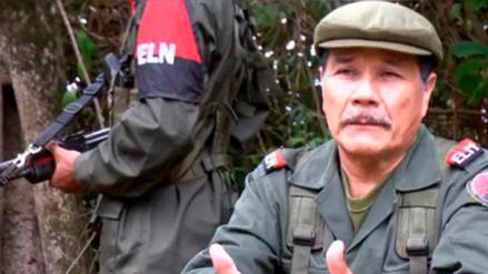 """ELN desea a las FARC """"éxitos"""" en el camino de la paz en Colombia"""