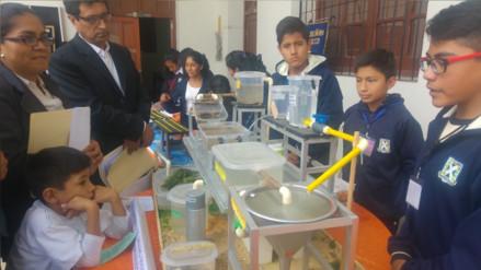 Escolares hicieron gala de su creatividad e ingenio en feria tecnológica