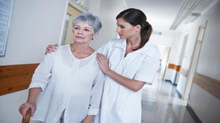 Alzheimer: logran reducir proteína clave de la enfermedad