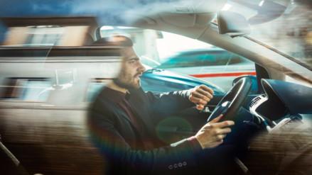 Emociones negativas pueden afectar desempeño de conductores