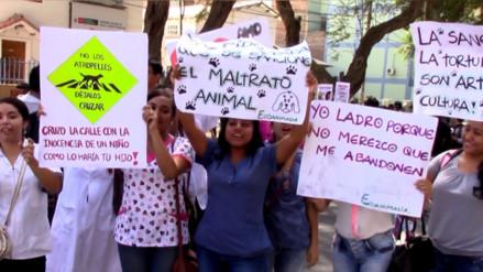 Con marcha rechazaron el maltrato animal de Piura