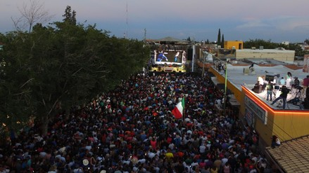Ciudad Juárez despidió a Juan Gabriel con misa y verbena