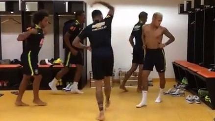 YouTube: Neymar, Dani Alves y Marcelo sorprenden con baile en el vestuario