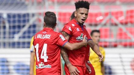 Alexander Callens apareció en 11 ideal de la Segunda División de España