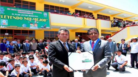 Firman alianza para promover la lectura en el distrito de Pátapo