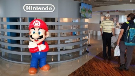 Nintendo brilla en la Bolsa de Tokyo luego de asociarse con Apple