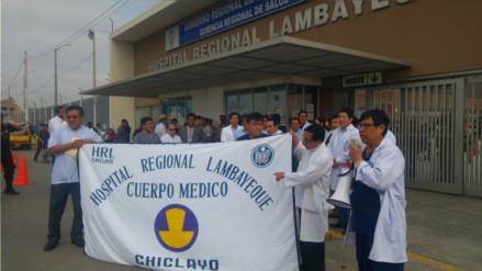 Lambayeque: médicos del HRL inician huelga exigiendo cambio de director