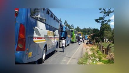 Carretera Belaunde Terry bloqueada por paro de 48 horas
