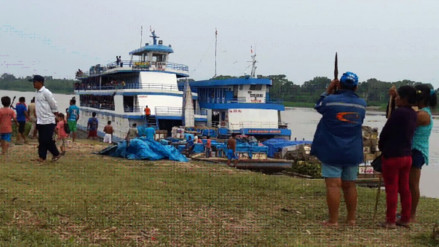 Pobladores indígenas retienen embarcaciones en el sector de Saramuro