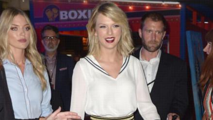 Taylor Swift continúa donando dinero a diestra y siniestra a sus fans