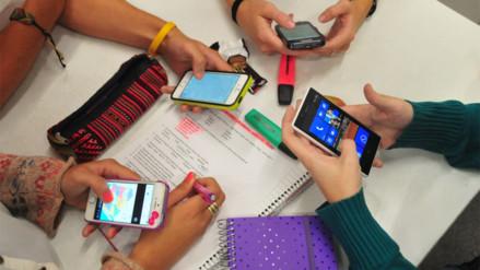 Profesor uruguayo renunció porque sus alumnos prefieren el Facebook