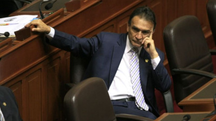 """Becerril: """"Los que van a ir juntos, pero a un penal, serán Ollanta y Nadine"""""""