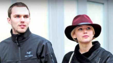 Jennifer Lawrence y Nicholas Hoult siguen muy unidos