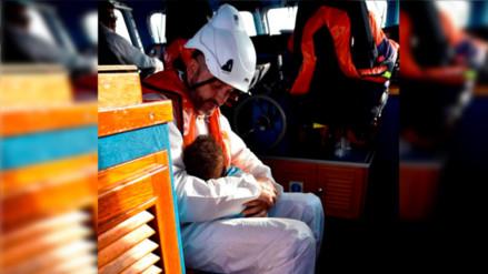 Facebook: el abrazo de este rescatista le salvó la vida a una bebé en España
