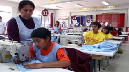 MTPE: Empleo formal creció 0.6% en empresas de 10 a más trabajadores