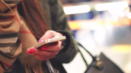 Mujer se enteró por SMS que fue condenada en un juicio que desconocía