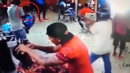 YouTube: joven fue asesinado por un sicario mientras le cortaban el pelo