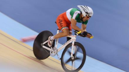 Ciclista paralímpico Bahman Golbarnezhad muere en Río tras caerse en plena competencia