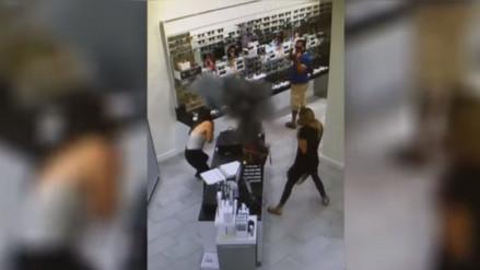 YouTube: cigarrillo electrónico causa alarma al explotar dentro de una tienda