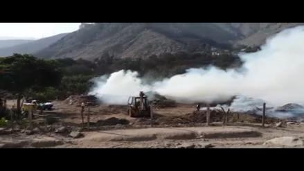 Humareda por quema de desmonte afecta tránsito en Chaclacayo