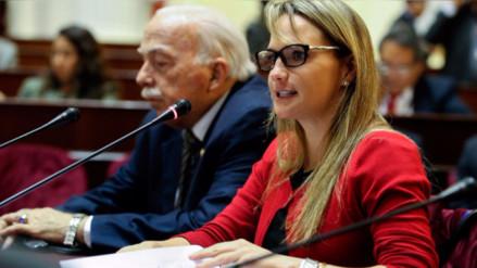 Luciana León asumiría la tercera vicepresidencia en la Mesa Directiva