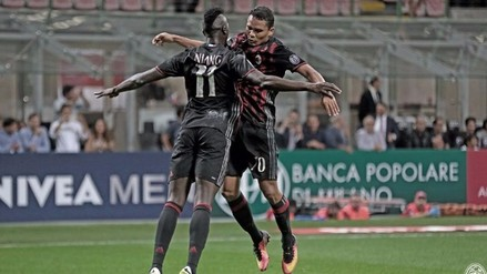 Carlos Bacca y M'Baye Niang anotaron en el 2-0 del Milan sobre Lazio