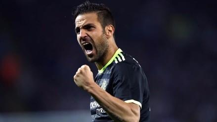 Chelsea eliminó a Leicester City con doblete de Cesc Fabregas