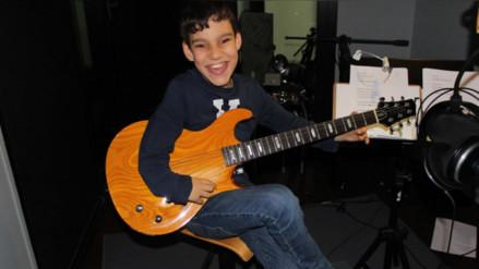 Latin Grammy 2016: niño con hidrocefalia nominado por su disco debut