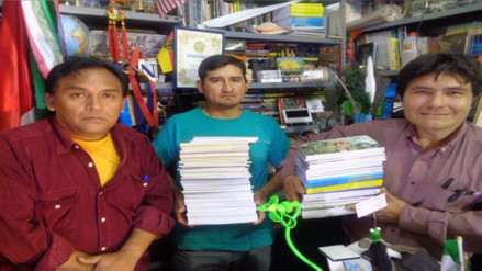 Escritores y periodistas recolectan libros para bibliotecas de colegios de Salas