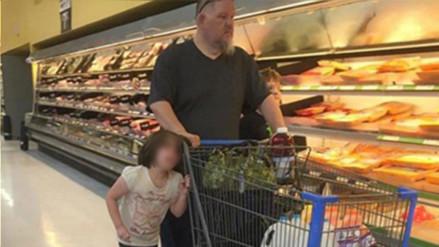 Facebook: un padre arrastra del cabello a su hija y ahora la Policía lo investiga