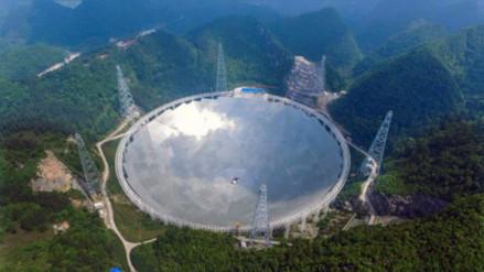 China estrena el mayor radiotelescopio del mundo