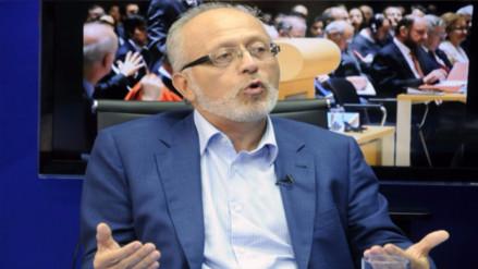 Maximixe: Facultades legislativas no solucionarían la informalidad en el país
