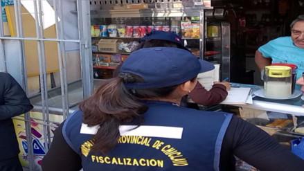 Fiscalización evita consumo de licor tras desfile del colegio San José