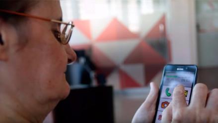 YouTube: así luce el primer smartphone pensado en los adultos mayores