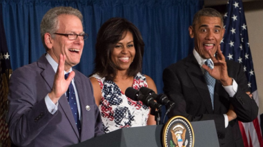Obama nombra al primer embajador para Cuba en más de medio siglo