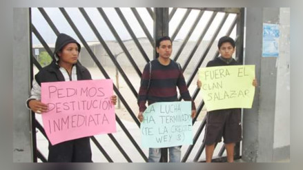 Alumnos toman local de instituto ´Enrique López Albujar´ y se encadenan
