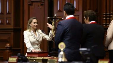 Luciana León es elegida como tercera vicepresidenta del Congreso