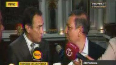 Becerril tildó de 'chavista' al Frente Amplio y Arana apareció para responderle