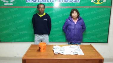 Detienen a vendedores de droga en Puerto Eten