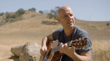 """GianMarco interpreta canción oficial de """"Siete semillas"""""""