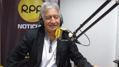 Virgilio Acuña no descartó postular a la presidencia y confirmó alejamiento de APP