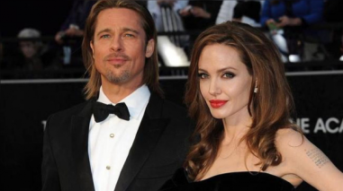 Angelina Jolie y sus seis hijos asisten a terapia