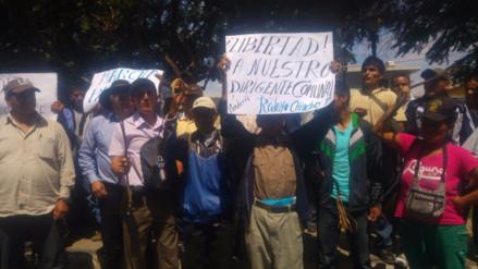 Ronderos protestan exigiendo revisión de caso de dirigente sentenciado en Piura