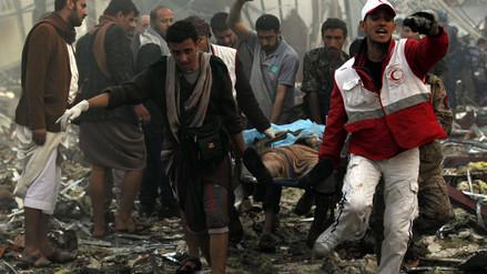 Al menos 140 muertos tras bombardeo aéreo durante un funeral en Yemen