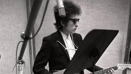 Bob Dylan: Academia sueca se pronuncia contra detractores del Nobel de literatura