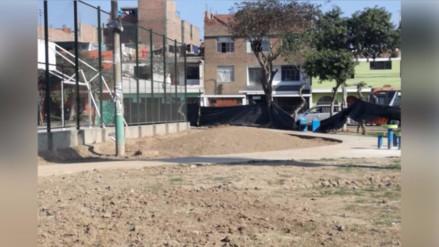 Obra de mejoramiento de parque paralizada desde Junio en Santa Anita