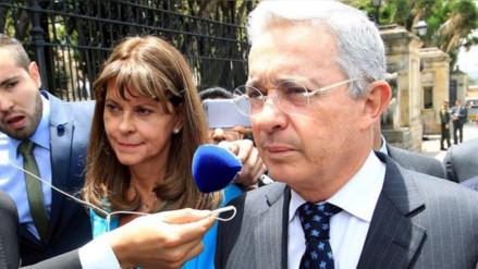 The New York Times pide a Uribe dejar de bloquear la paz en Colombia