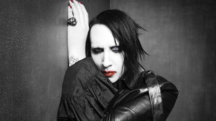 Marilyn Manson sufre caída en pleno concierto